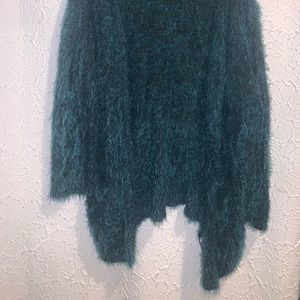 Sweaters - Emerald green fuzzy sweater/cardigan